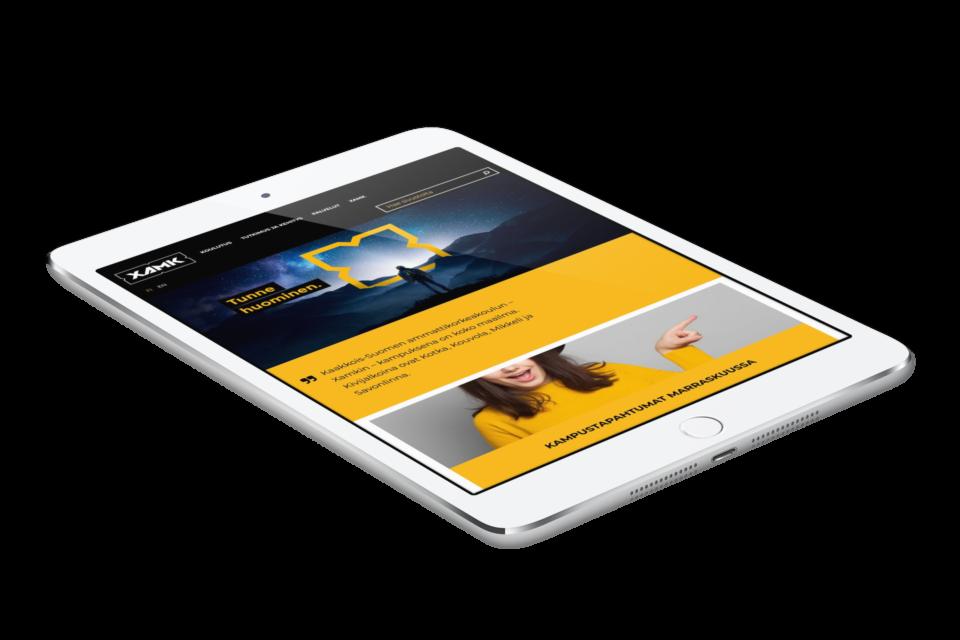 XAMKin verkkopalvelu iPadin näytöllä